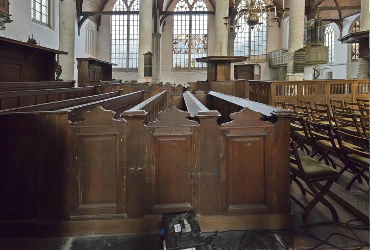 meubilair van de oude kerk bedreigd vereniging vrienden